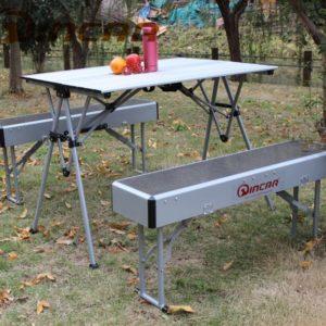 סט שולחן עם 2 ספסלים